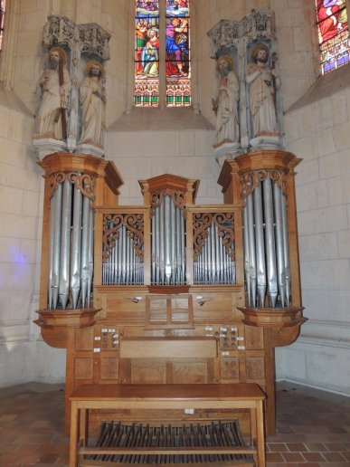 Orgue de Saintes, Basilique Sainte-Eutrope